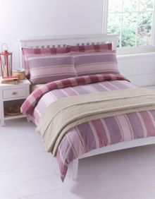 Red flannel bed linen