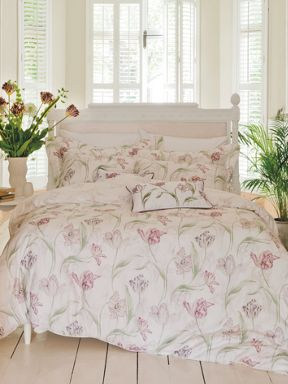 Kew Gardens Tulips bed linen in pink