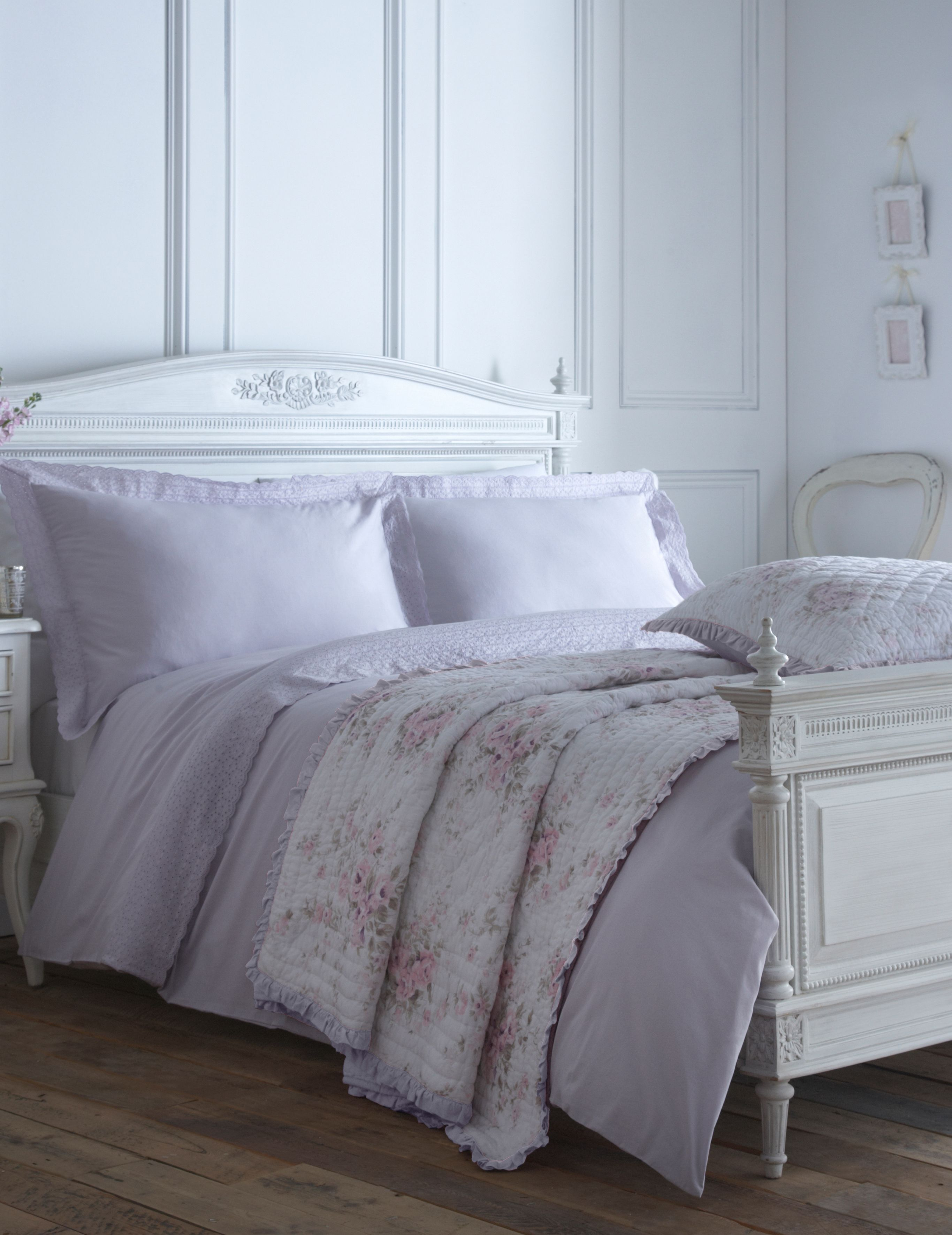 Embroidered frill single duvet cover lilac