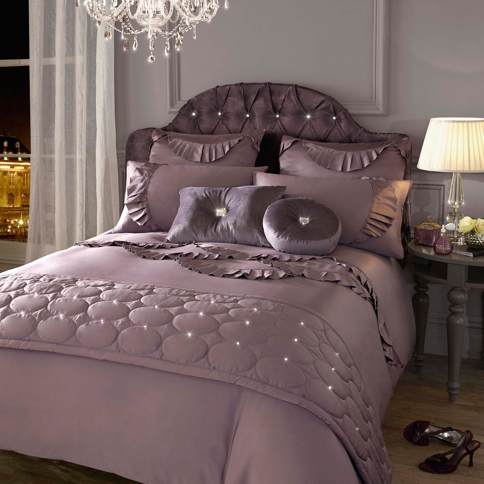 Evangeline amethyst super king duvet cover
