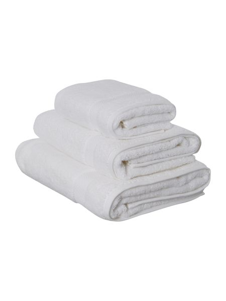 Luxury Hotel Collection Hand Towel in White