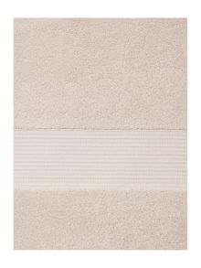 Ultra Luxe towels in oyster