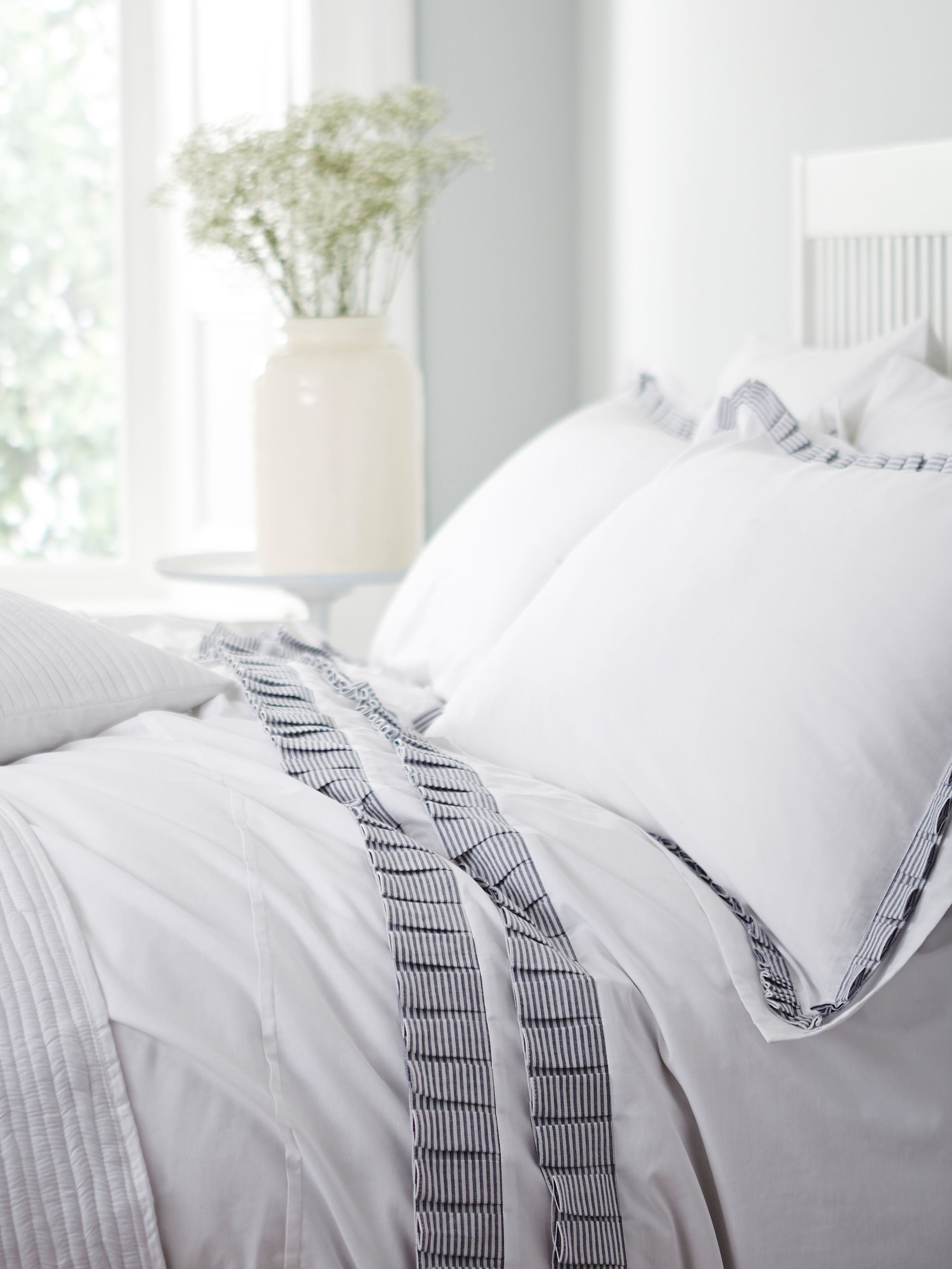 Henrietta pleats super king duvet set