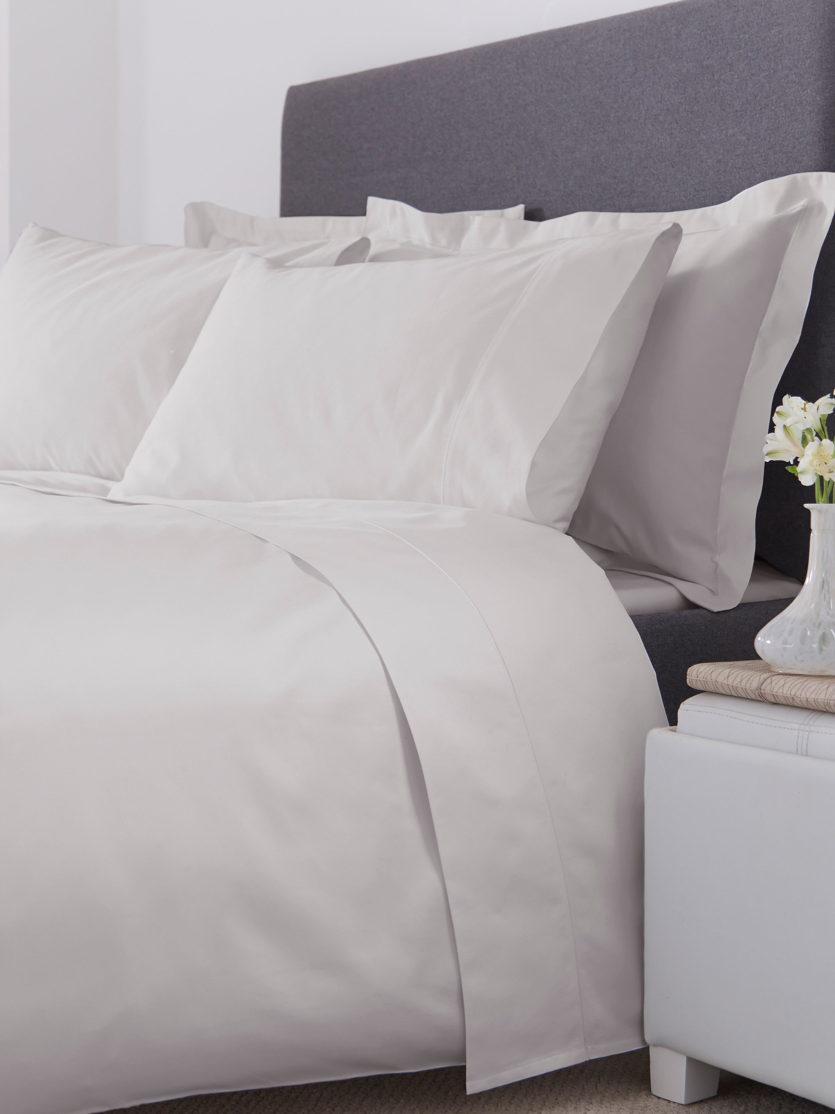 800 thread count double flat sheet moonbeam
