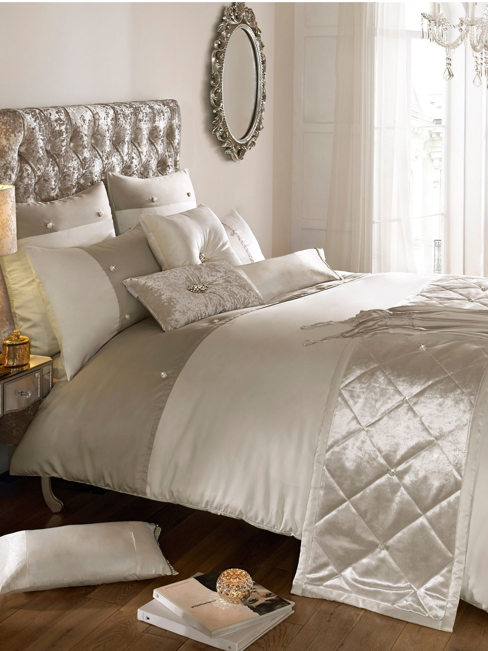 Catarina oyster super king duvet set