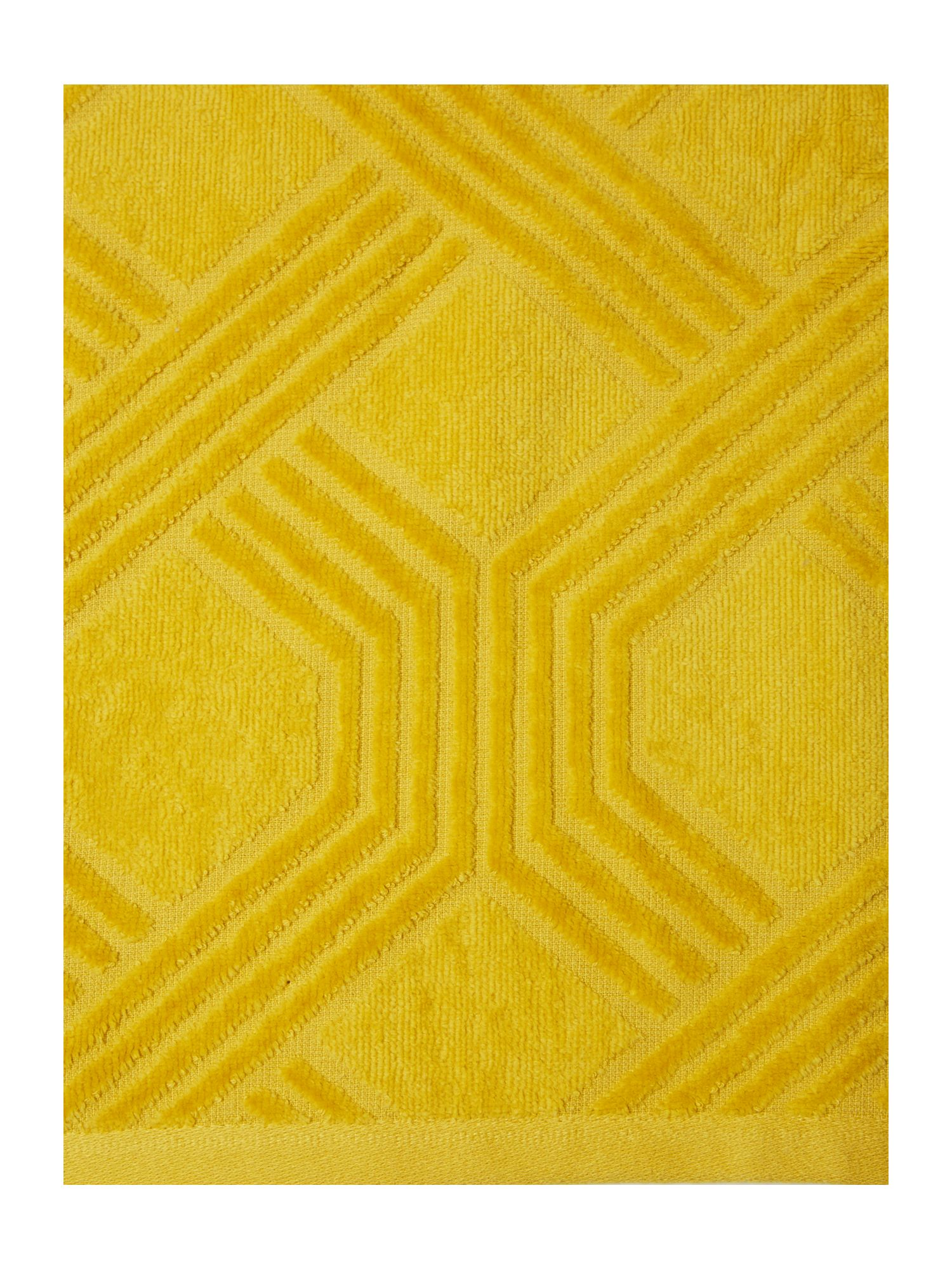 Geometric jaquard towel in citrine