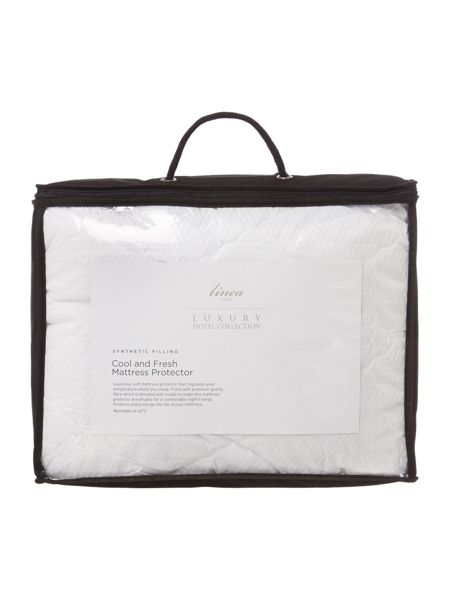 Luxury Hotel Collection Cool & fresh mattress protector super king