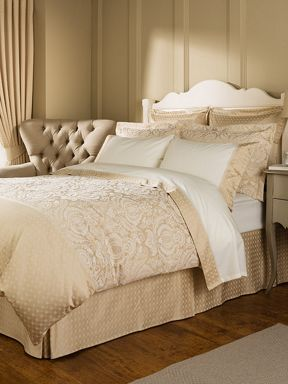 Christy Limoges gold bed linen