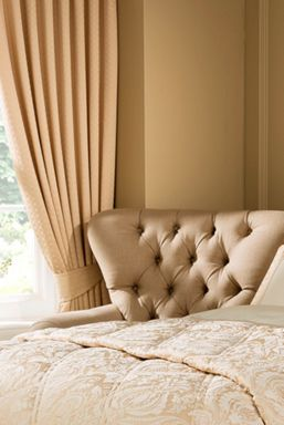 Christy Limoges curtains in gold