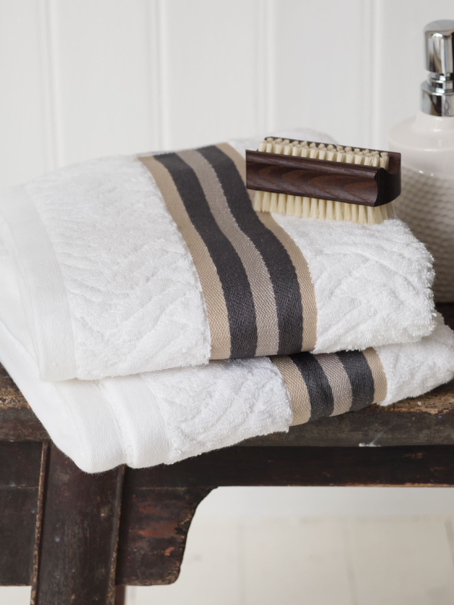 Henley white towels
