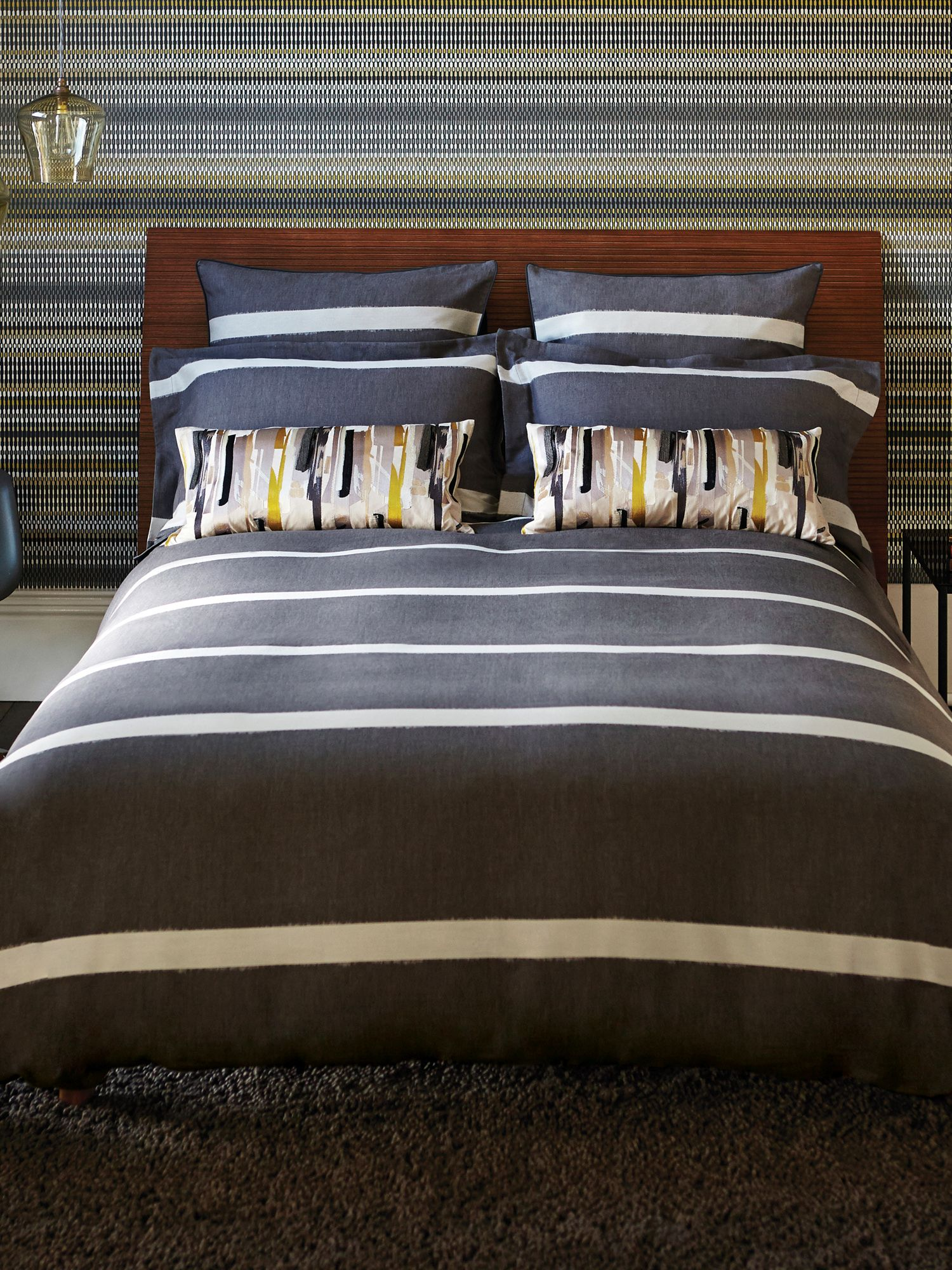 Momentum Collection cable bed linen