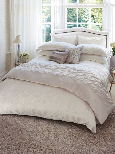Harlequin Lattice pillow case square chalk