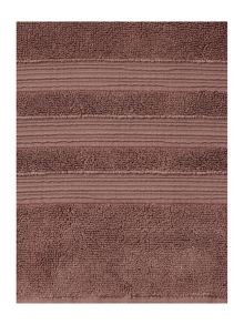 Casa Couture Berry towel range