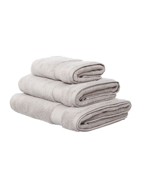 Luxury Hotel Collection Bath Towel in Cool Grey