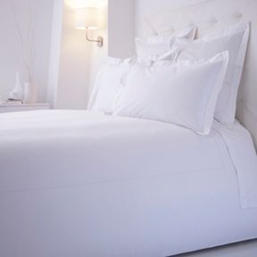 Luxury Hotel Collection 1000tc bedding range