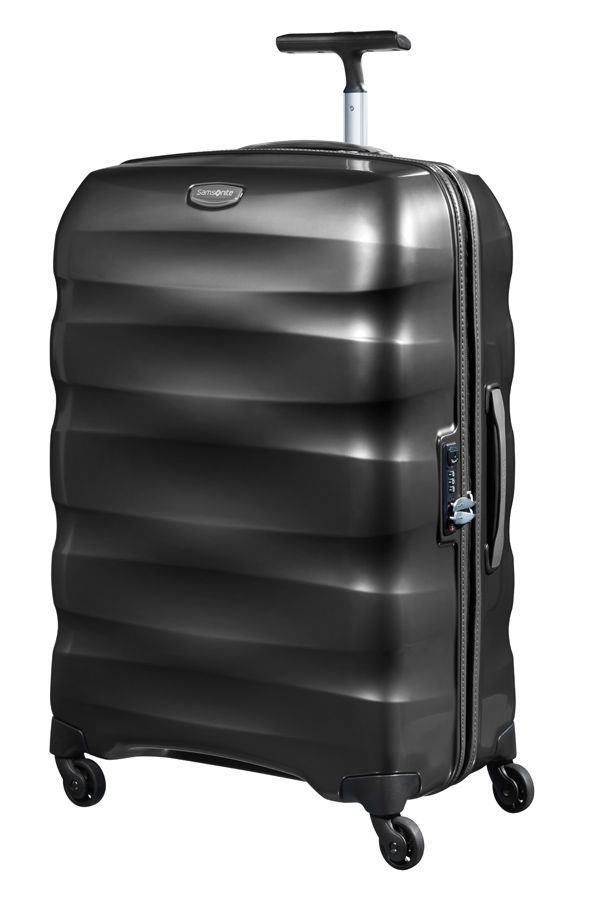 Engenero black luggage range