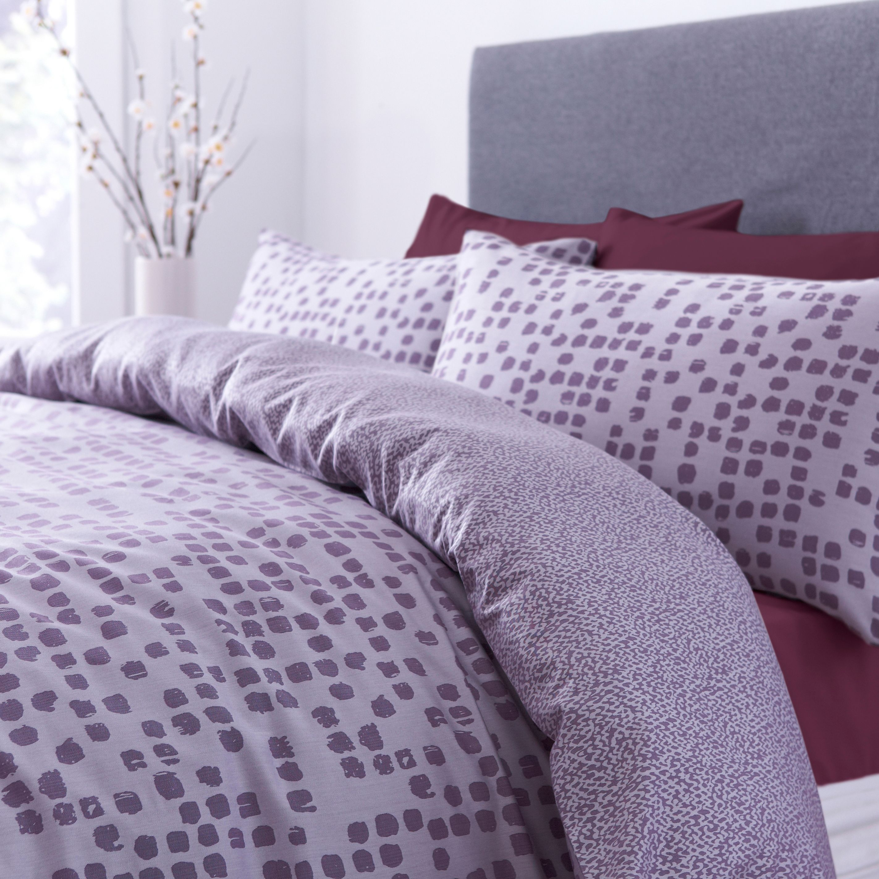 Musetta spot housewive pillowcase pair