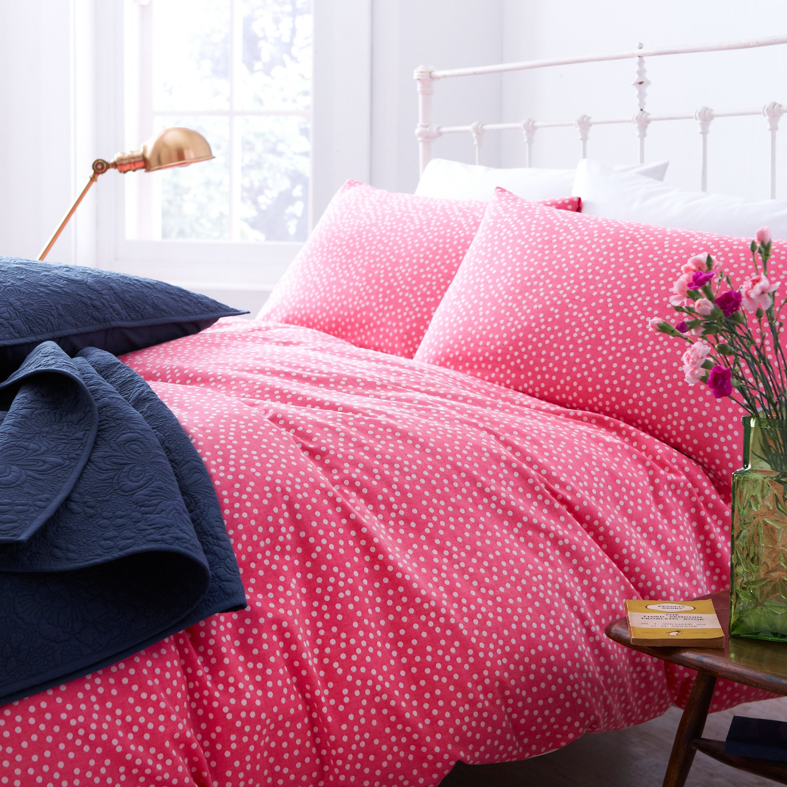 Red polka duvet cover king