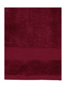 Zero twist towel collection in Red