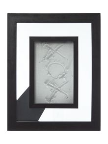 Linea Cove photo frame range
