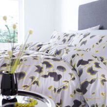 Pied a Terre Monique bedding range