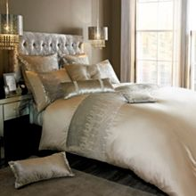 Kylie Minogue Vida Gold bed linen range