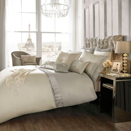 Kylie Minogue Diamond and Pearl Oyster super king duvet cover