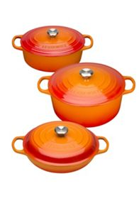 Cast Iron cookware range in Volcanic