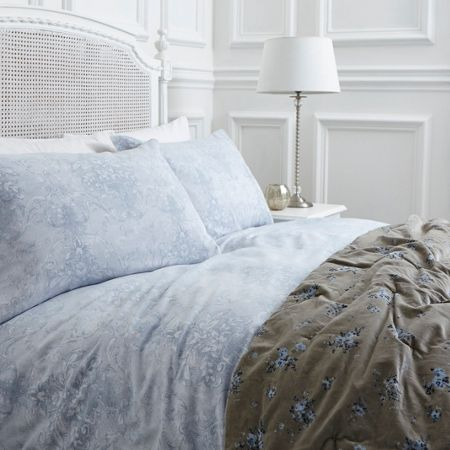 Shabby Chic Lisette blue damask double duvet cover