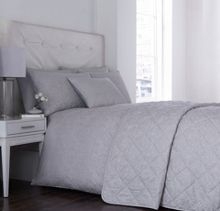 Luxury Hotel Collection Classic Jacquard bedding in blue & white