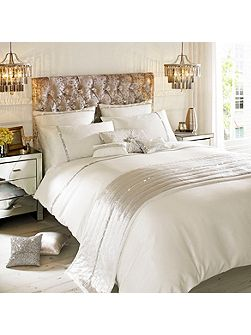 Zelina ivory super king duvet cover