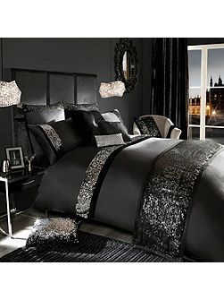 Velvetina Black Housewife Pillowcase