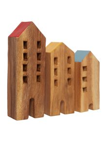 Wooden House Range