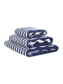 Linea Regatta fish towel range