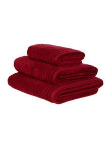 Linea Zero twist bath towel range in burgundy