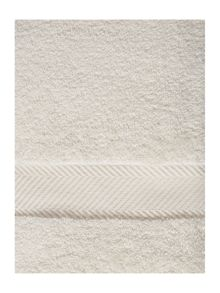 Luxury Hotel Collection Zero twist towel range in cream