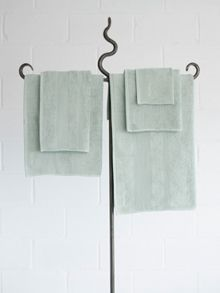 Core bath towels in icicle