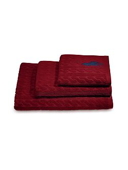 Cable red shower towel 62x137