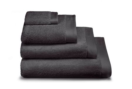 Calvin Klein Dolmite charcoal shower towel 70x140