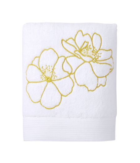 Yves Delorme Idylle Blush guest towel