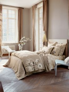 Vice Versa bed linen range in pierre