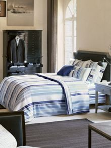 Col Monde bed linen range in nuit