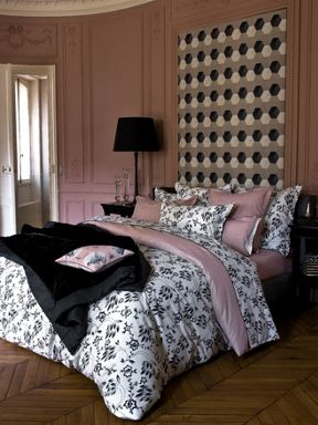 Yves Delorme Silhouet poudre bed linen