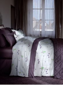 Miombre bedlinen in purple