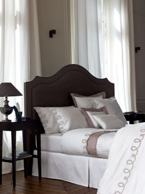 Yves Delorme Stone bed linen