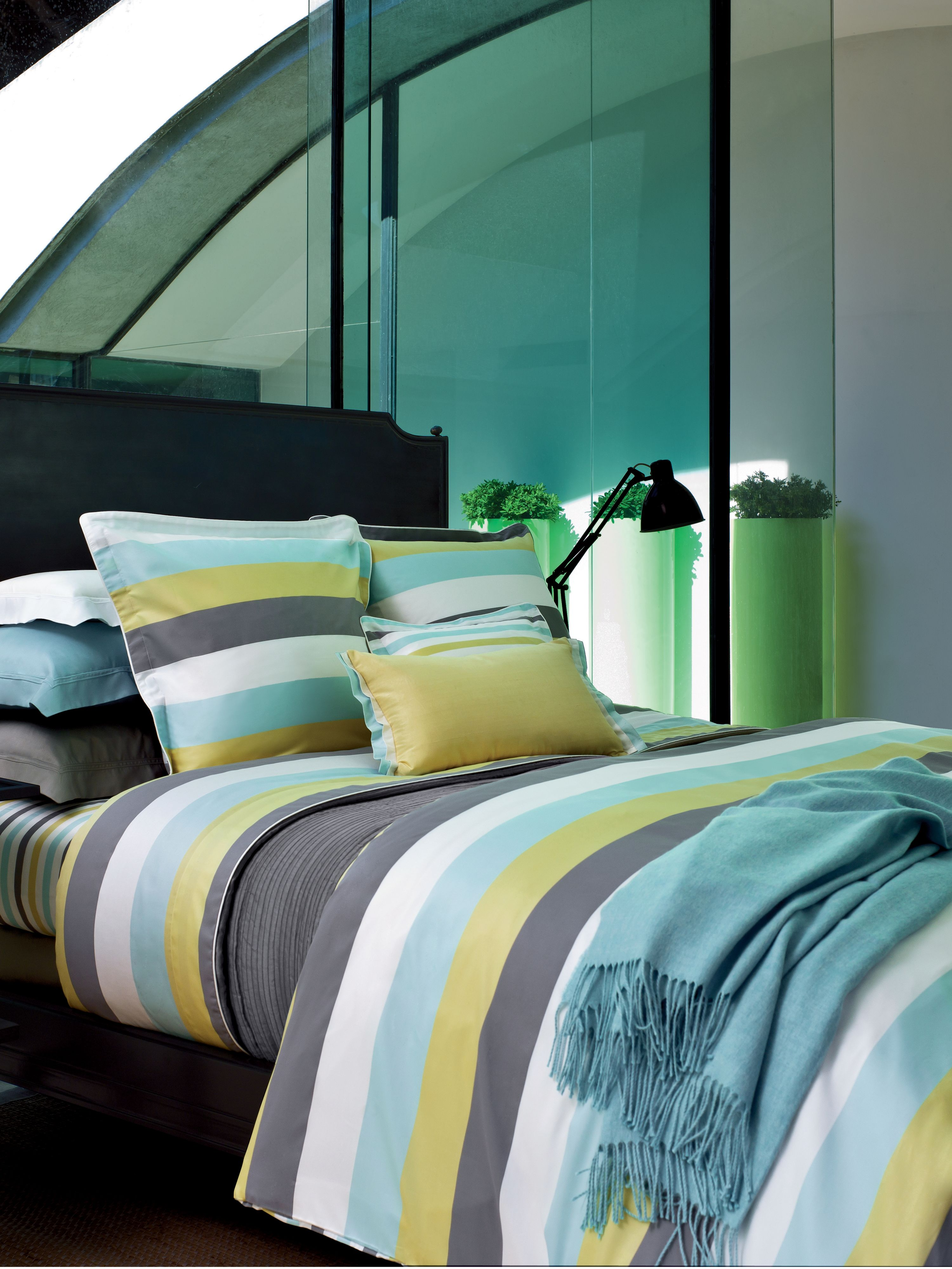 Spatial ice bed linen