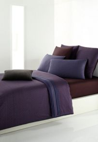 Oxyde bed linen in purple