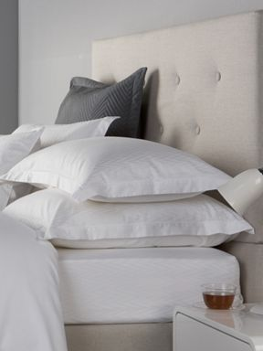 Christy Tribeca bed linen in white