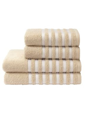 Kingsley Essence towel range in linen
