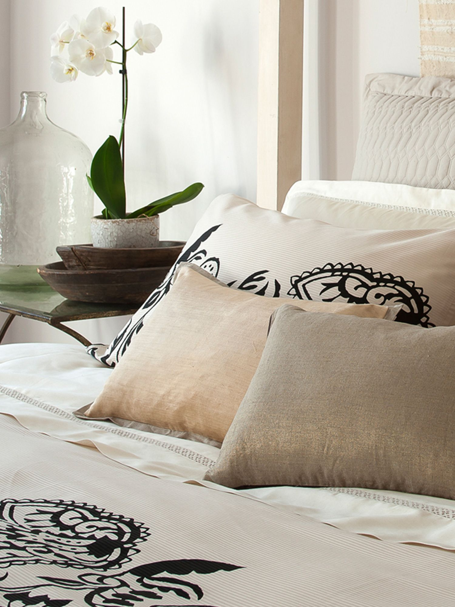 Castelle bed linen range in calico